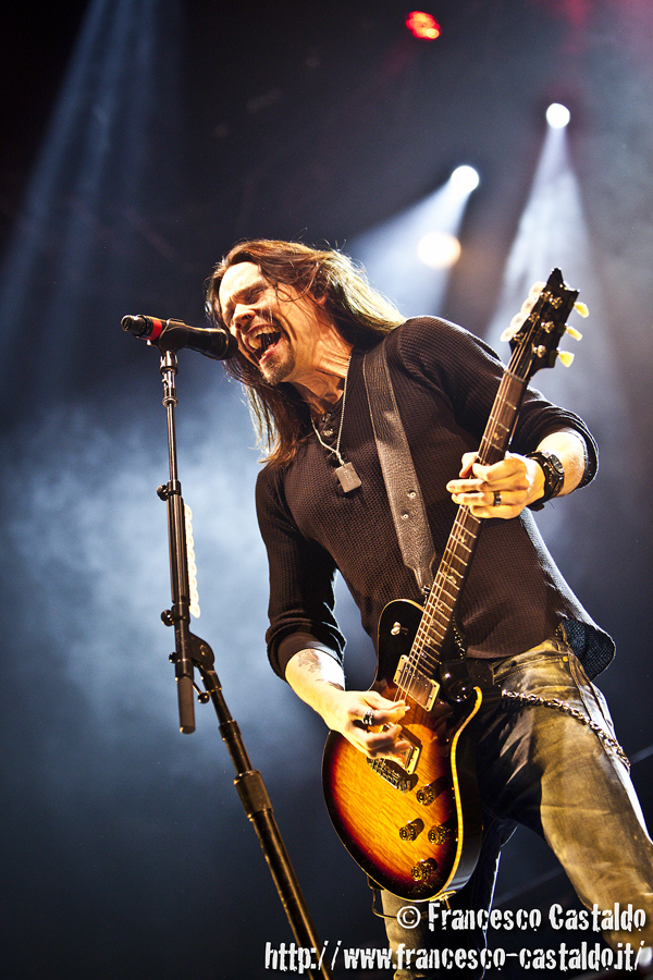 Myles Kennedy – Alter Bridge